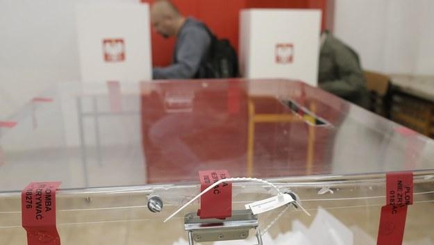 Konstytucjonaliści dla marszałka Senatu: wybory w listopadzie