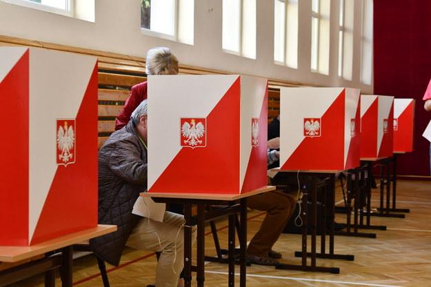 Ekspresowe śledztwo ws. organizacji wyborów. Umorzono je po kilku godzinach