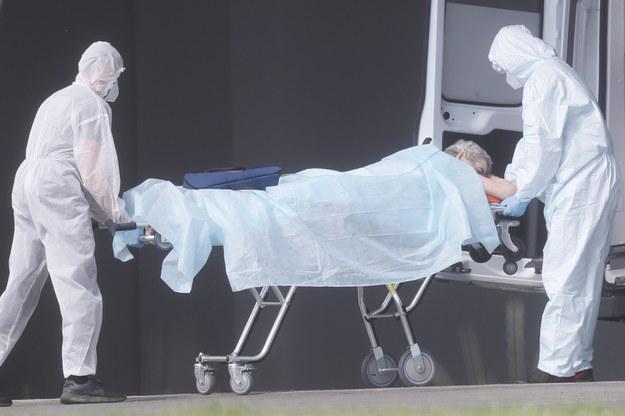 309 nowych przypadków koronawirusa. Zmarło kolejne 12 osób [NOWE DANE]
