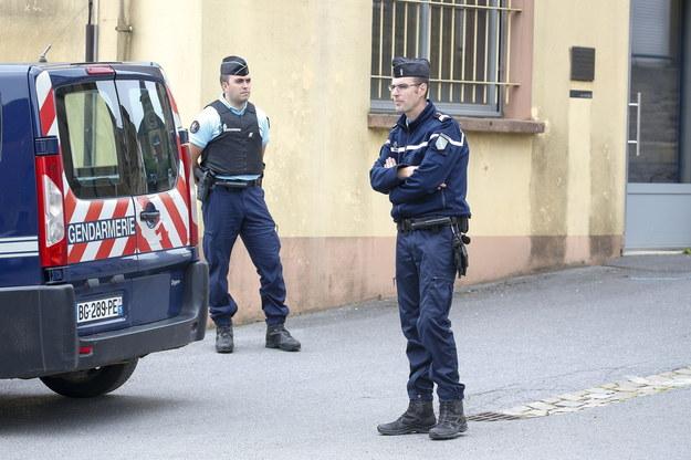 Wyrzutnie moździerzowe z rur, narkotyki. Aresztowania po zamieszkach Dijon