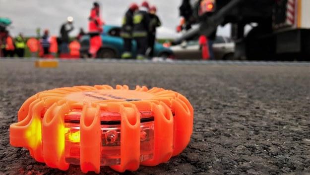 Zderzenie trzech samochodów na A1. Zginęła 1 osoba