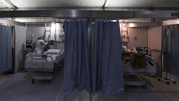 Ponad 800 tysięcy osób zmarło na całym świecie z powodu koronawirusa