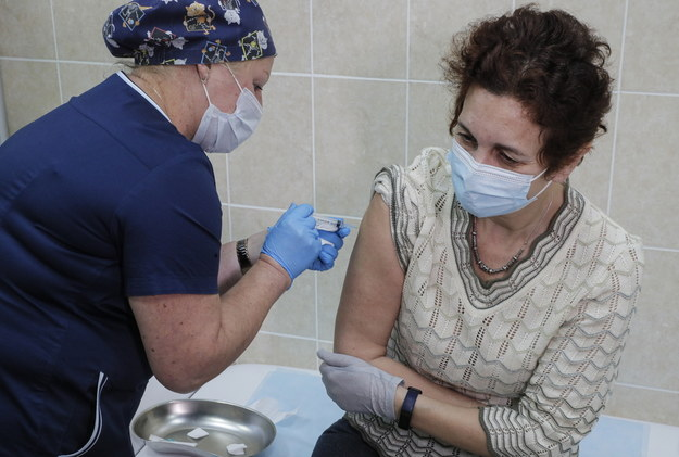 Przypadek pomógł szczepionce Covid-19. Dzięki błędowi jest skuteczniejsza