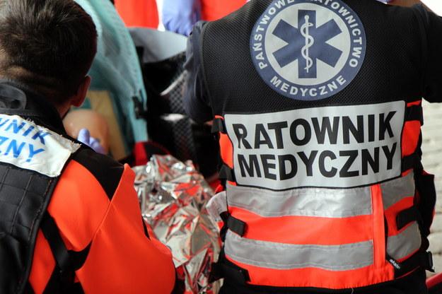 Protest ratowników medycznych w Katowicach. Wśród postulatów podwyżki