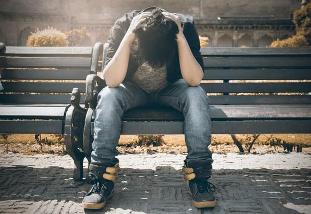 Zaburzenia psychiczne coraz częstsze. Polacy kupują miliony opakowań antydepresantów