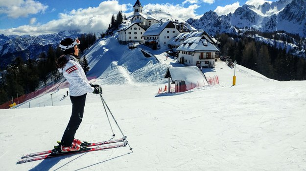Wyciągi narciarskie zamknięte we Francji, Niemczech i Włoszech. Austria otworzy je na święta
