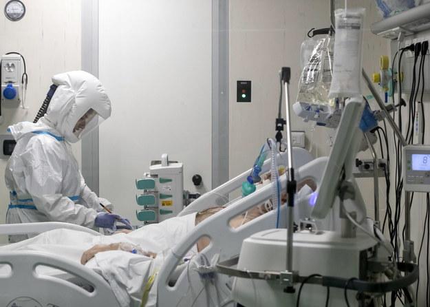 Koronawirus w Polsce. 3 271 nowych przypadków, zmarły 52 osoby [NOWE DANE]