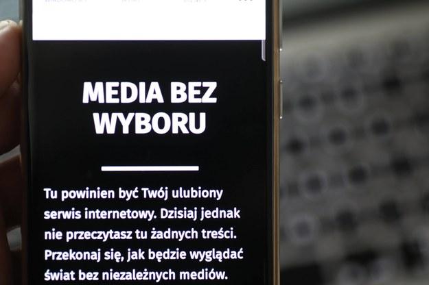 """Senat w obronie wolnych mediów. Poparł protest """"Media bez wyboru"""""""
