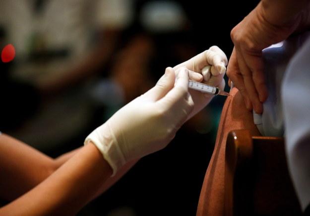 Bruksela przyspiesza prace nad paszportami dla zaszczepionych przeciw Covid-19