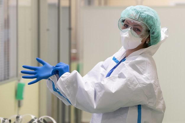 Rząd próbuje stłumić bunt lekarzy. Chodzi o przyjmowanie medyków z zagranicy