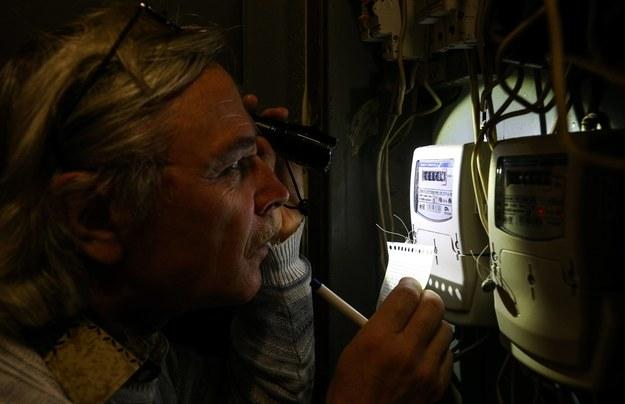 Kontrowersje przy sprzedaży energii. RMF FM ujawnia sprawę, internauci piszą o kolejnych przypadkach