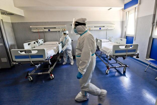 Koronawirus w Polsce. Najmniej zakażeń od blisko roku