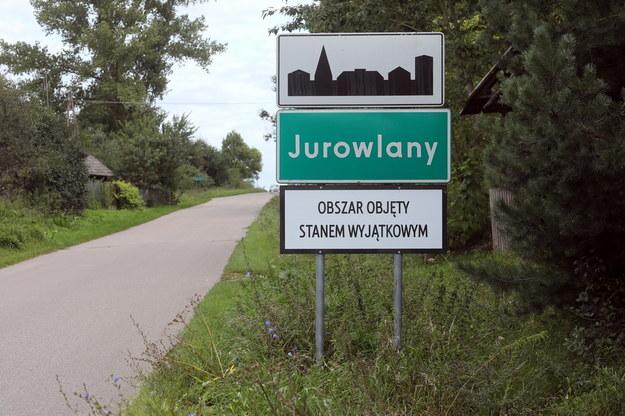 Sondaż: Większość Polaków chce dłuższego stanu wyjątkowego