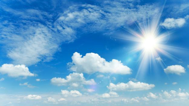 Dziś chłodno, ale w większości kraju słonecznie. A jak będzie w weekend? [PROGNOZA]