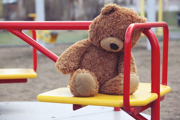 Roczne dziecko w szpitalu. Rodzice usłyszeli zarzuty