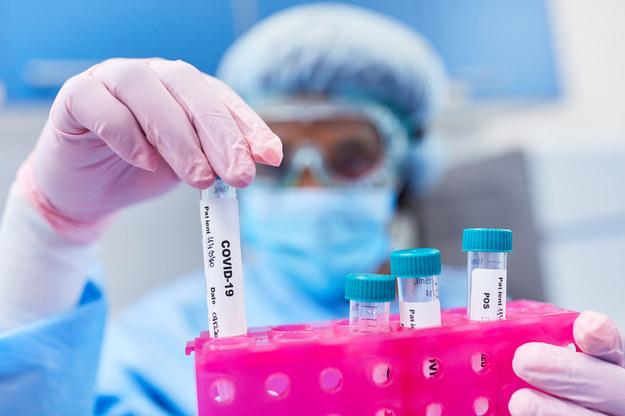 Izrael ogłosił, że pokonał Deltę i zablokował nowe warianty koronawirusa