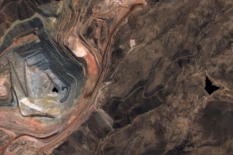 Zdjęcie kopalni miedzi Cuajone wykonane przez PeruSat-1 /materiały prasowe