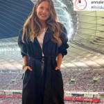 Zdjęcie Lewandowskiej hitem internetu! Tak wspiera Polskę na meczu
