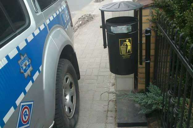 """Zdjęcie pochodzi z fejsbukowego profilu """"Sfotografuj policjanta"""" /"""