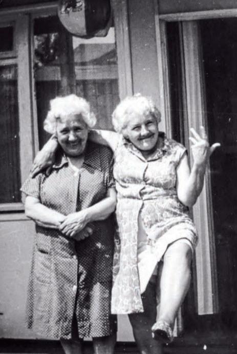 Zdjęcie przestawiające prababcię i jej siostrę Anny Szczepanek /archiwum prywatne