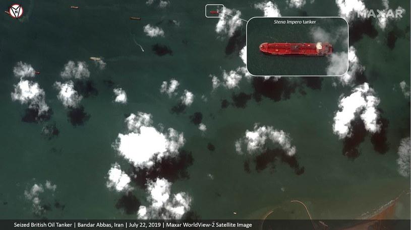 Zdjęcie satelitarne brytyjskiego tankowca Stena Impero, który irańska Gwardia Rewolucyjna przejęła w pobliżu cieśniny Ormuz /SATELLITE IMAGE ©2019 MAXAR TECHNOLOGIES  /PAP/EPA