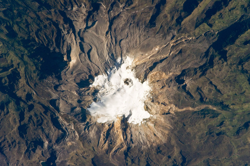 Zdjęcie satelitarne wulkanu Nevado del Ruiz /NASA/Science Source /East News