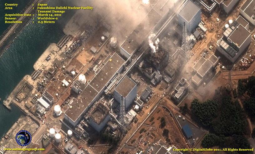 Zdjęcie satelitarne z dnia katastrofy w Fukushimie. Fot. DigitalGlobe /materiały prasowe