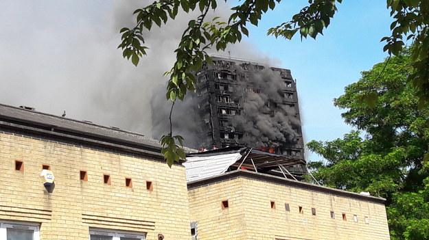 Zdjęcie spalonego wieżowca /Bogdan Frymorgen /RMF FM