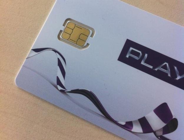 Zdjęcie umieszczone przez rzecznika prasowego Play - bez nano-sim nie skorzystamy z iPhone'a 5 /Informacja prasowa