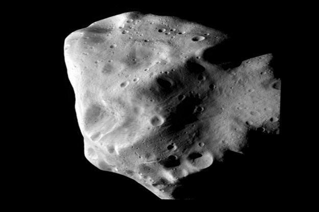 Zdjęcie z 10.07.2010 roku przedstawiające asteroidę Lutetia /AFP