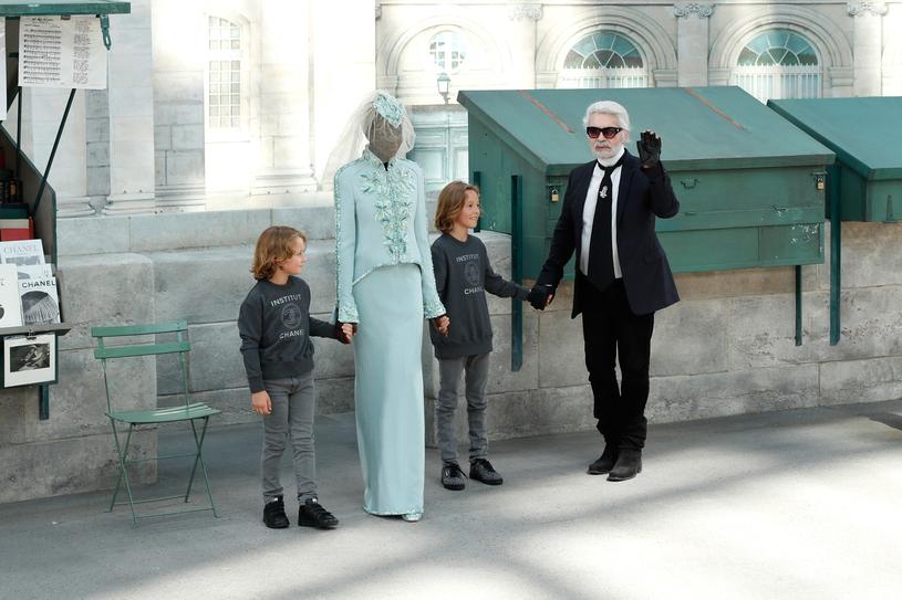 Zdjęcie z 3 lipca 2018 roku - Karl Lagerfeld na pokazie haute couture marki Chanel w Paryżu /Getty Images
