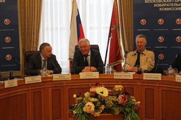Zdjecie z dwudniowej debaty w Moskwie, pierwszy z prawej - przewodniczacy PKW Stefan Jaworski /www.cikrf.ru /