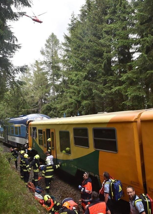 Zdjęcie z miejsca katastrofy /HZS Karlovarskeho kraje HANDOUT HANDOUT /PAP/EPA