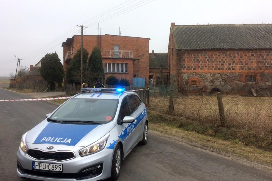Zdjęcie z miejsca rodzinnej tragedii /Mateusz Chłystun /Archiwum RMF FM