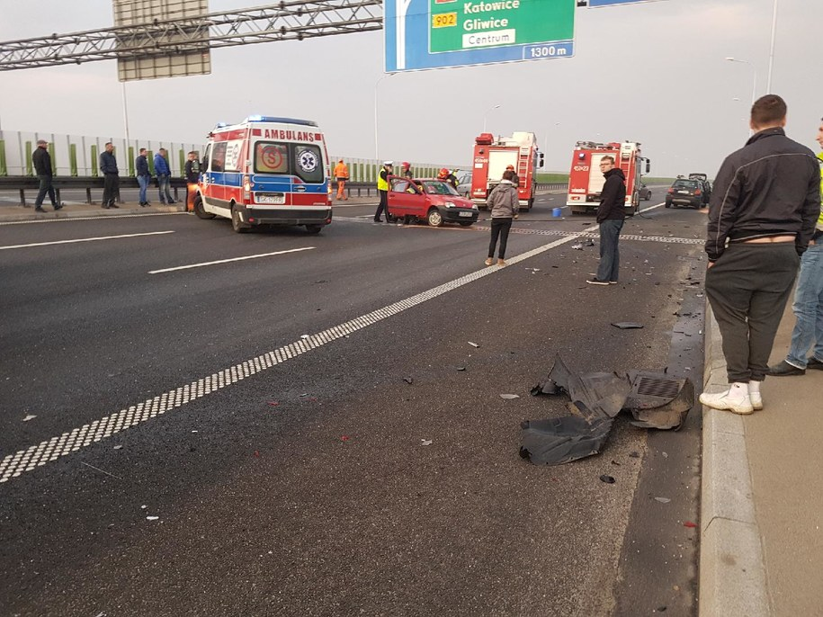 Zdjęcie z miejsca wypadku dostaliśmy na Gorącą Linię RMF FM /Gorąca Linia RMF FM