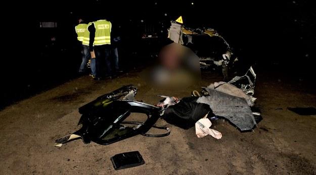 Zdjęcie z miejsca wypadku udostępnione przez policję /pomorska.policja.gov.pl /