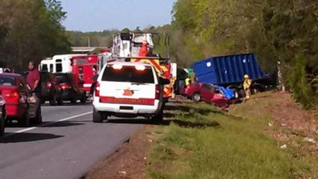 Zdjęcie z miejsca wypadku /