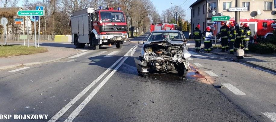 Zdjęcie z miejsca wypadku /OSP Bojszowy /