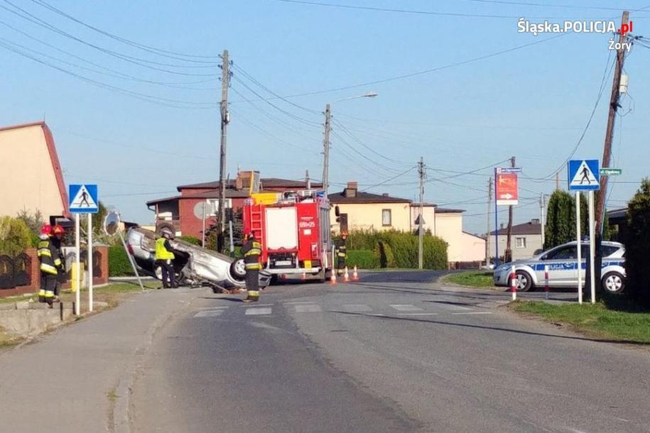 Zdjęcie z miejsca wypadku /slaska.policja.pl /