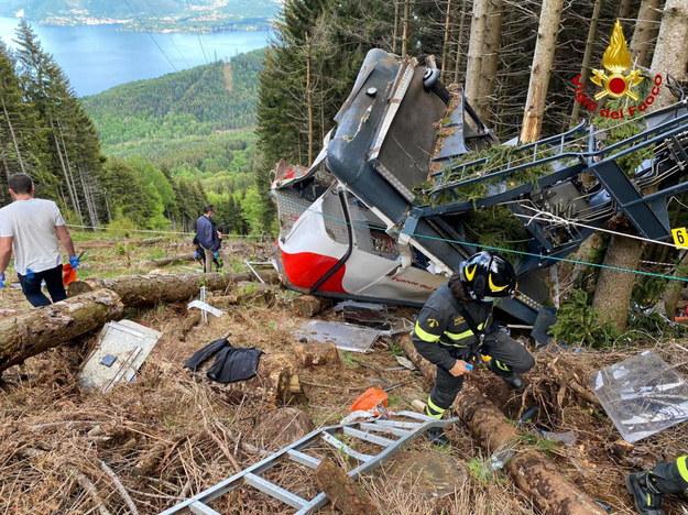 Zdjęcie z miejsca wypadku /ITALIAN FIRE AND RESCUE SERVICE /PAP/EPA