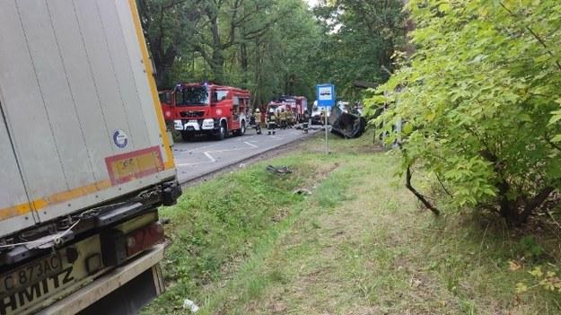 Zdjęcie z miejsca wypadku /KP PSP Rawa Mazowiecka /