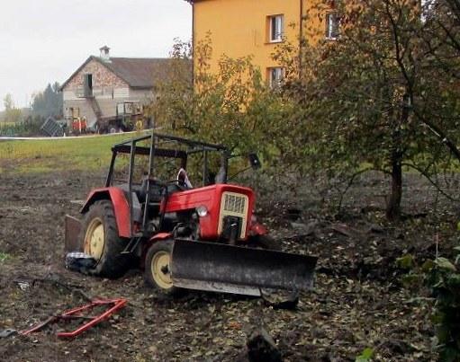 Zdjęcie z miejsca zdarzenia /PAP/KWP Olsztyn /PAP