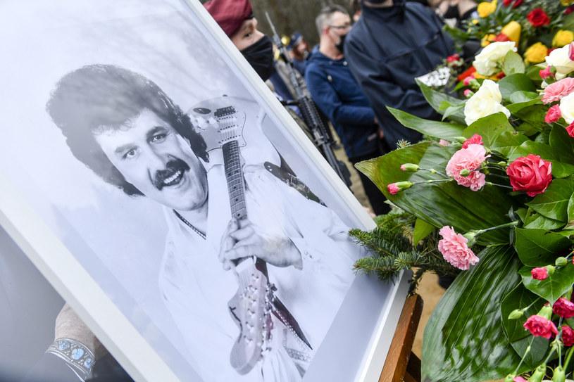 Zdjęcie z pogrzebu Krawczyka /Piętka Mieszko /AKPA