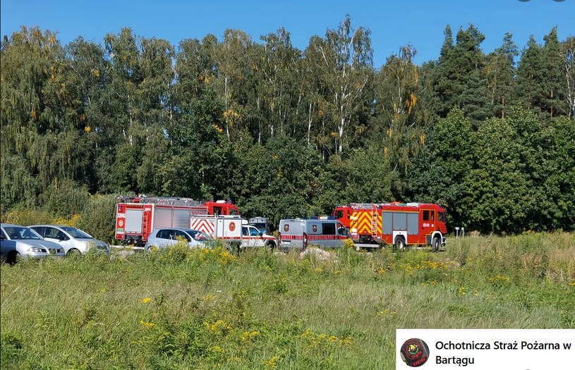Zdjęcie z poszukiwań, za: Ochotnicza Straż Pożarna w Bartągu/Facebook /facebook.com