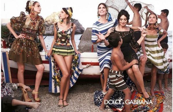 Zdjęcie z wiosenno-letniej kampanii marki Dolce&Gabbana /materiały prasowe