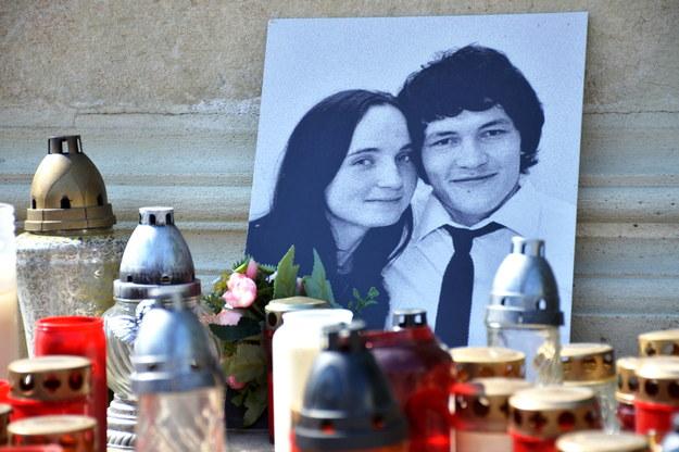 Zdjęcie zamordowanego dziennikarza i jego narzeczonej /Svancara Petr /PAP/CTK