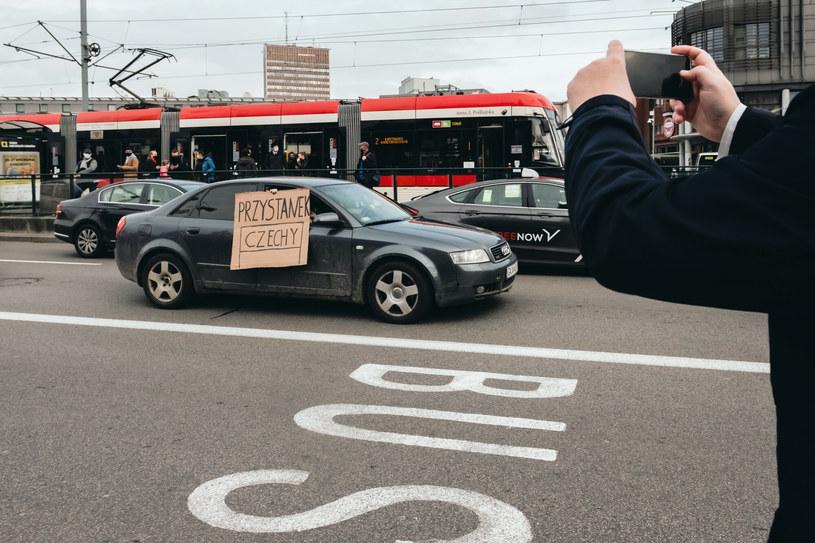 Zdjęcie ze Strajku Kobiet w reakcji na faktyczne zaostrzanie prawa aborcyjnego w Polsce po wyroku TK /Jarosław Respondek /Reporter