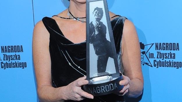 Zdobywca Nagrody otrzymuje statuetkę projektu Pawła Althamera - fot. P.Przybyszewski /MWMedia