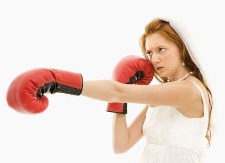 Zdrada to cios dla każdej kobiety /ThetaXstock