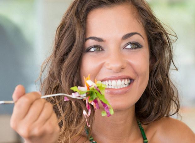 Zdrowa dieta to jedna z podstawowych zasad profilaktyki nowotworowej /123RF/PICSEL